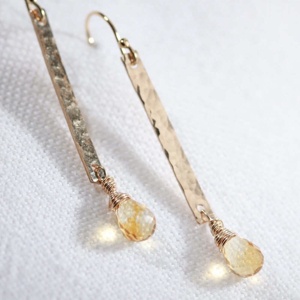 Citrine briolette gemstone and Hammered Bar Earrings in 14 kt Gold Filled