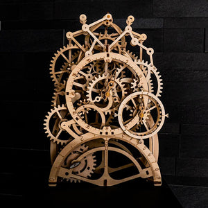 Pendulum clock with winding mechanism