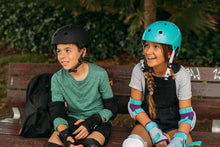 Load image into Gallery viewer, Kids' Set of Inline Skate Protectors Play - Black - Decathlon New Zealand