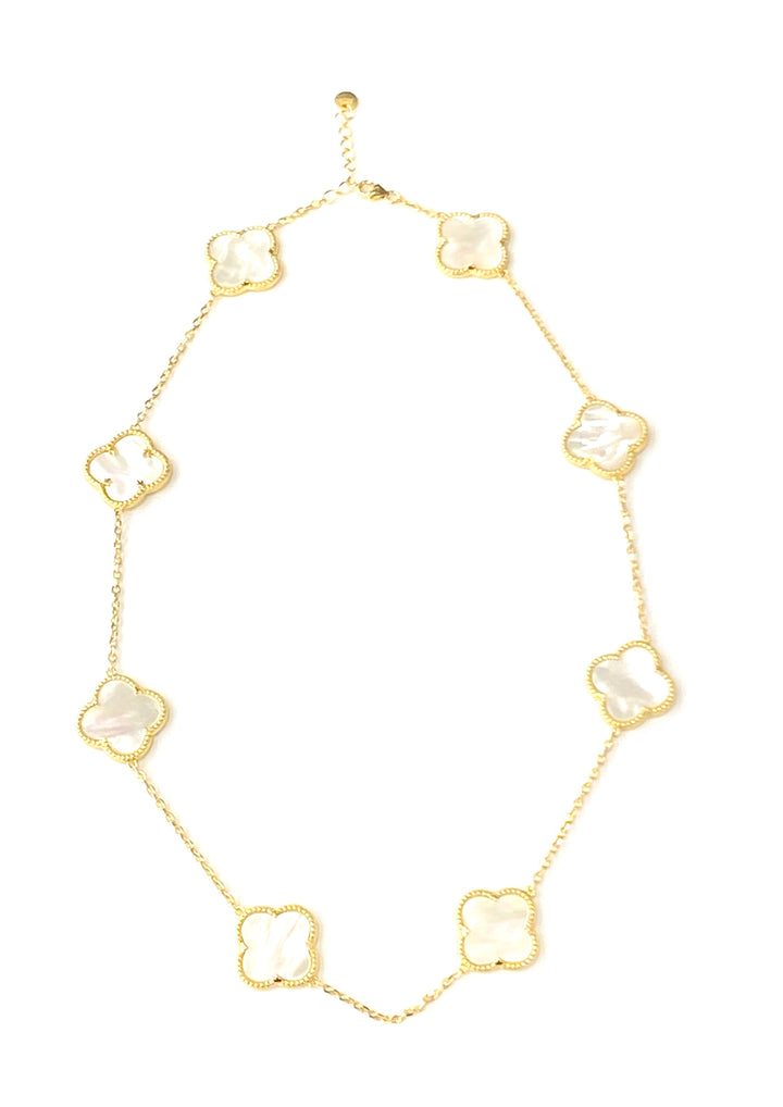 Gold mother of pearl clover short necklace