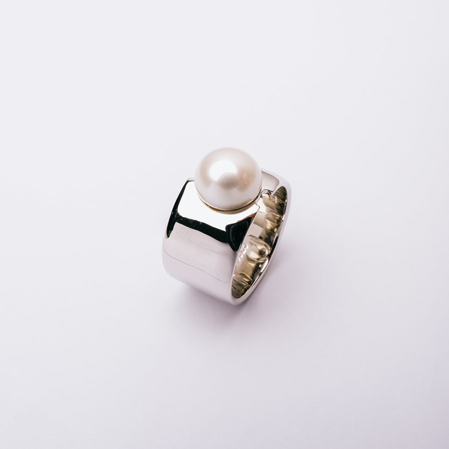 Wide Band Freshwater Pearl Ring