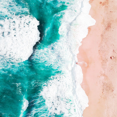 Chemist Confessions, and their science-based skincare line are from California. There is a lot to love about California, not least of all, the stunning beaches.