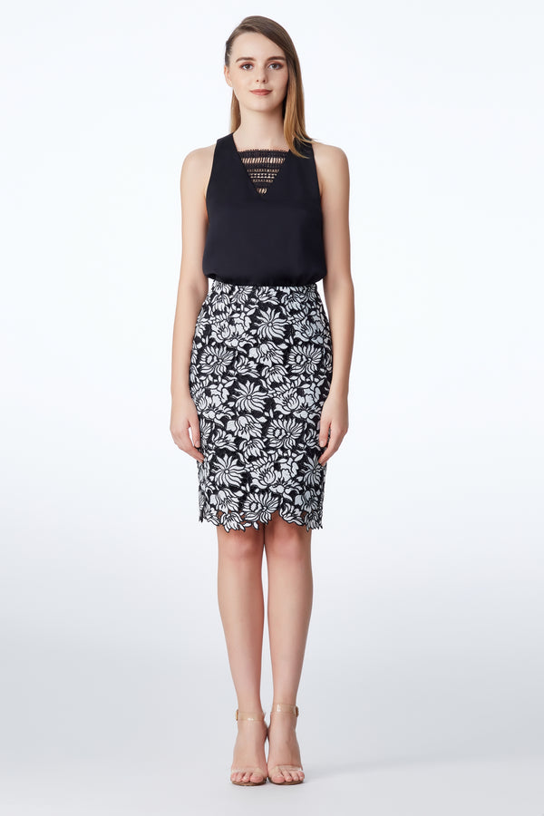 SS'18 Lace Pencil Skirt - Black/White