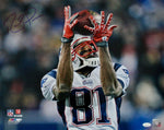 Randy Moss New England Patriots Signed 16x20 Photo Catch Over Shoulder JSA