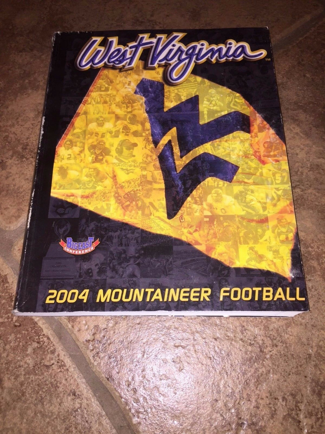 2004 WEST VIRGINIA MOUNTAINEER  COLLEGE FOOTBALL MEDIA GUIDE b4