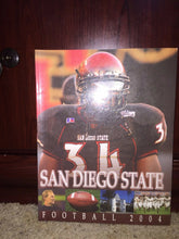 Load image into Gallery viewer, 2004 SAN DIEGO STATE COLLEGE FOOTBALL MEDIA GUIDE - b3