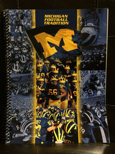 2006 UNIVERSITY OF MICHIGAN COLLEGE FOOTBALL YEARBOOK GUIDE EX  BOX8