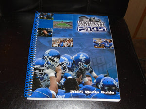 2005 KENTUCKY COLLEGE FOOTBALL MEDIA GUIDE NEAR MINT BOX 3