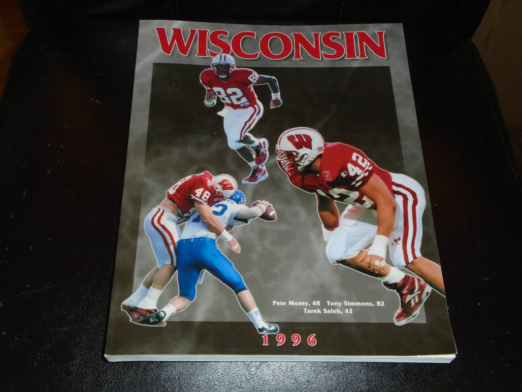 1996 WISCONSIN COLLEGE FOOTBALL MEDIA GUIDE  NEAR MINT BOX 2