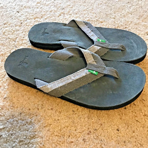 SANUK Flip Flops Dr FRAY COAL Men's - 9 - Thong Sandal Shoes - NEW