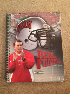 2005 UNLV COLLEGE FOOTBALL MEDIA GUIDE  NEAR MINT BOX 7