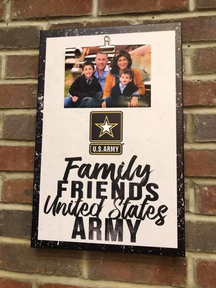 Clip Canvas Army Photo Frame