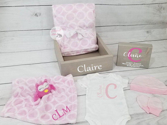 Personalized Baby Gift Set Box | Owl Nursery | Baby Shower Gift Set - Elliefont Styles