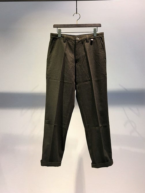 KARDO / SIDNEY REGULAR FIT TAPERED TROUSERS / DARK-GREEN