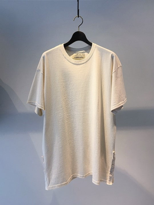 CORELATE / BUTTONED T-SHIRT / NATURAL