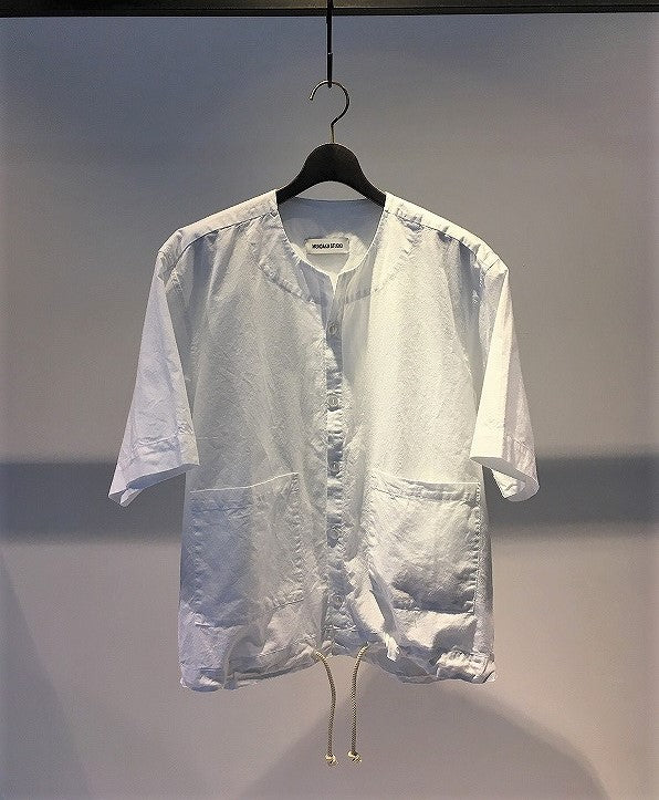 MUNDAKA STUDIO / ROUND NECK SHIRT / WHITE