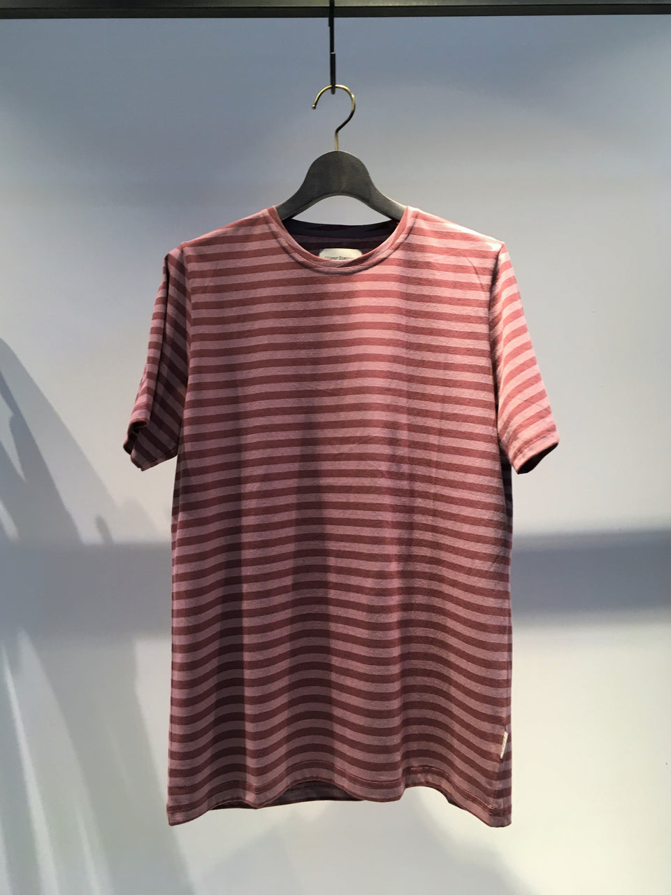 OLIVER SPENCER / CONDUIT TEE / RASPBERRY PINK