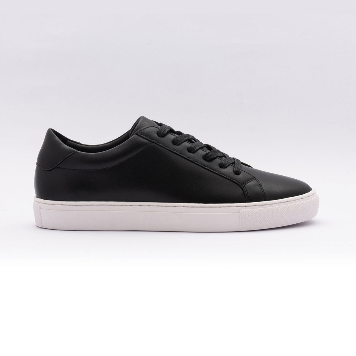 The Low Top in Black
