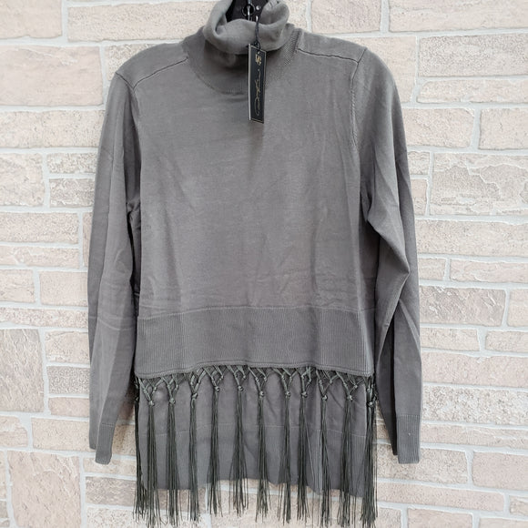 DG2 tassel sweater