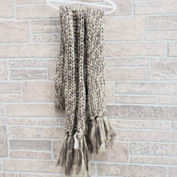 Universal threads scarf oatmeal
