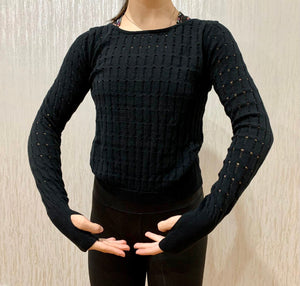 Textured knit cropped long sleeve sweater