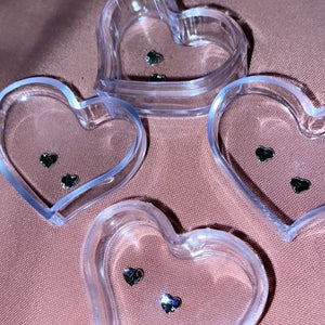 Heart Shaped Swarovski Tooth Gems (2 pieces) - AmiriBeautyBar