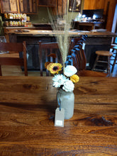 Load image into Gallery viewer, Wooden Flower Arrangements