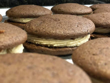 Load image into Gallery viewer, Whoopie Pies (6)