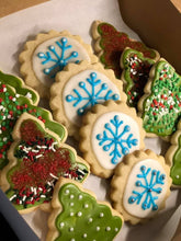 Load image into Gallery viewer, Custom Decorated Sugar Cookies (dz)