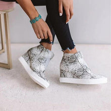 Load image into Gallery viewer, Women's Wedge Sneaker Vulcanize Shoes Fashion Zip Leopard Increase Within Zapatos De Mujer New Fashion for Girl Women's shoes Dashery Box Snake 2 5
