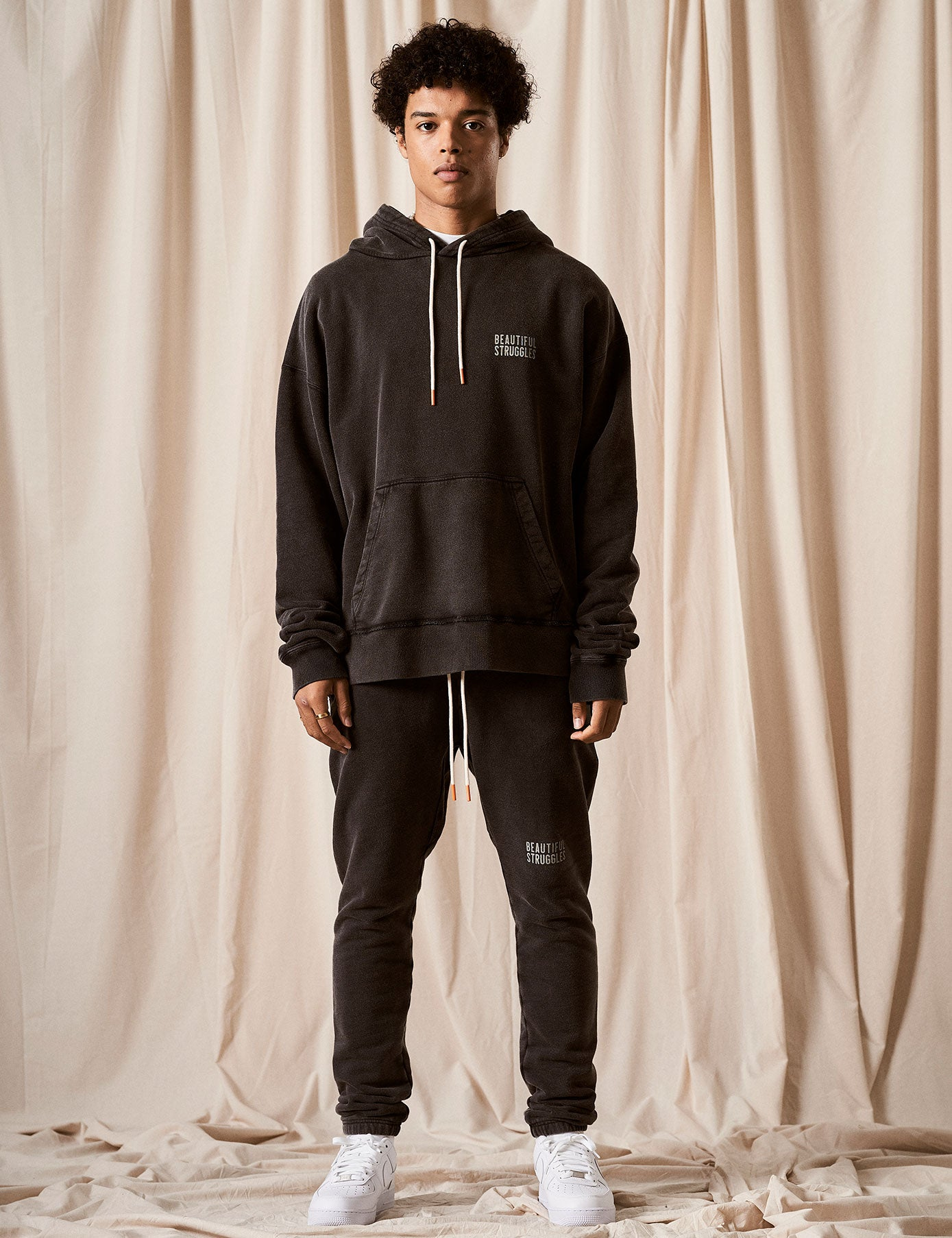 "Sweatpant ""Logo"" Black Washed"