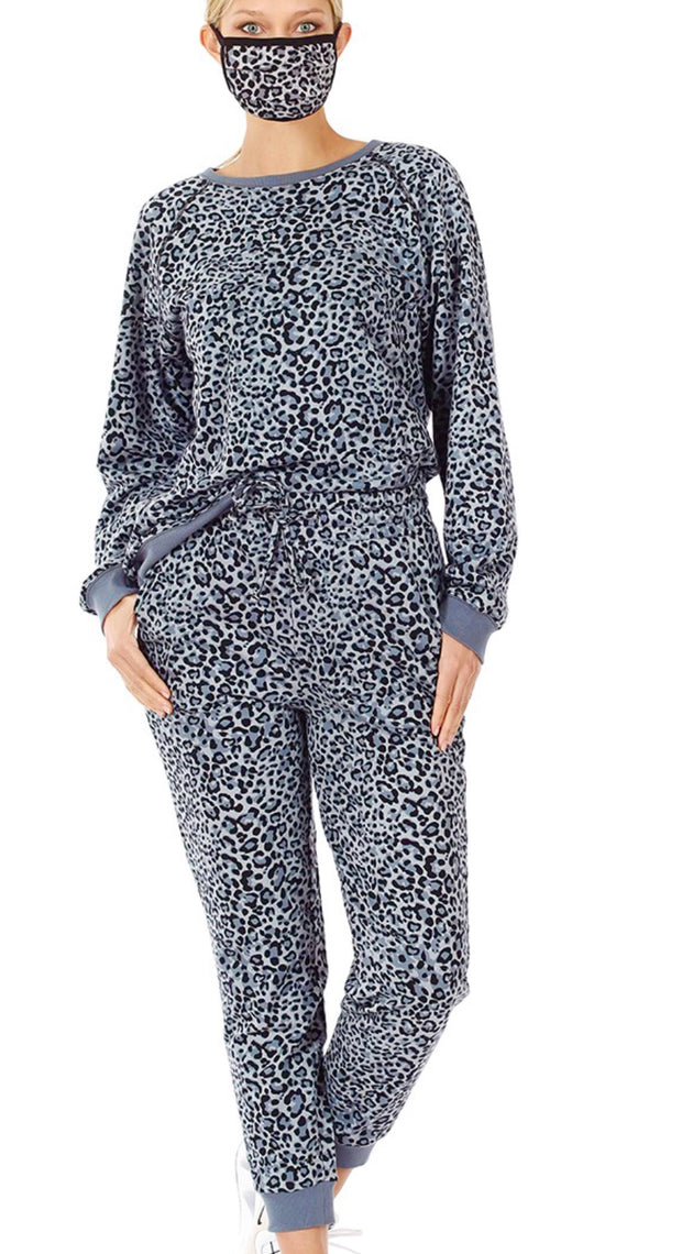 FRENCH TERRY LEOPARD PRINT JOGGER SET WITH MASK