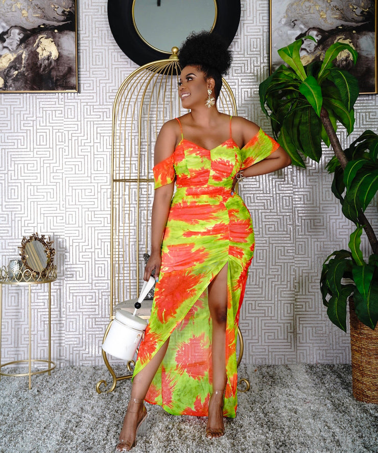 Yedda Maxi dress ( plus sizes available)