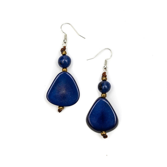 Alma earrings. Tagua. Ecuador.