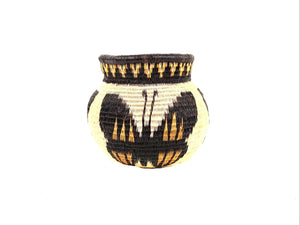 Alina Itucama. Wounaan Baskets. Butterfly Yellow and Black Design. Darien Province, Panama.