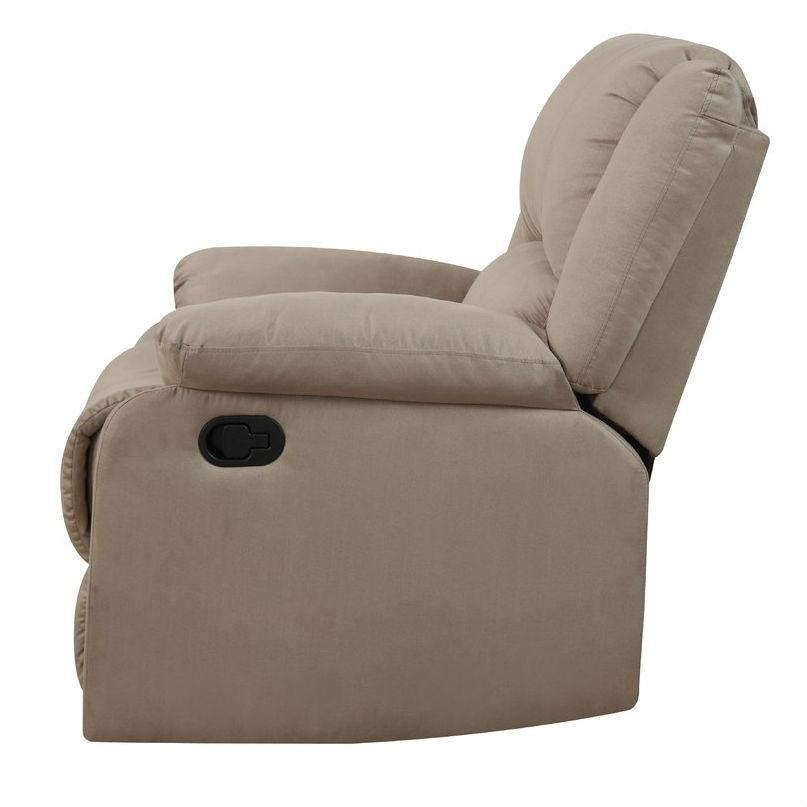 Grohl Recliner.