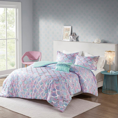 Pearl Metallic Printed Reversible Duvet Cover Set.