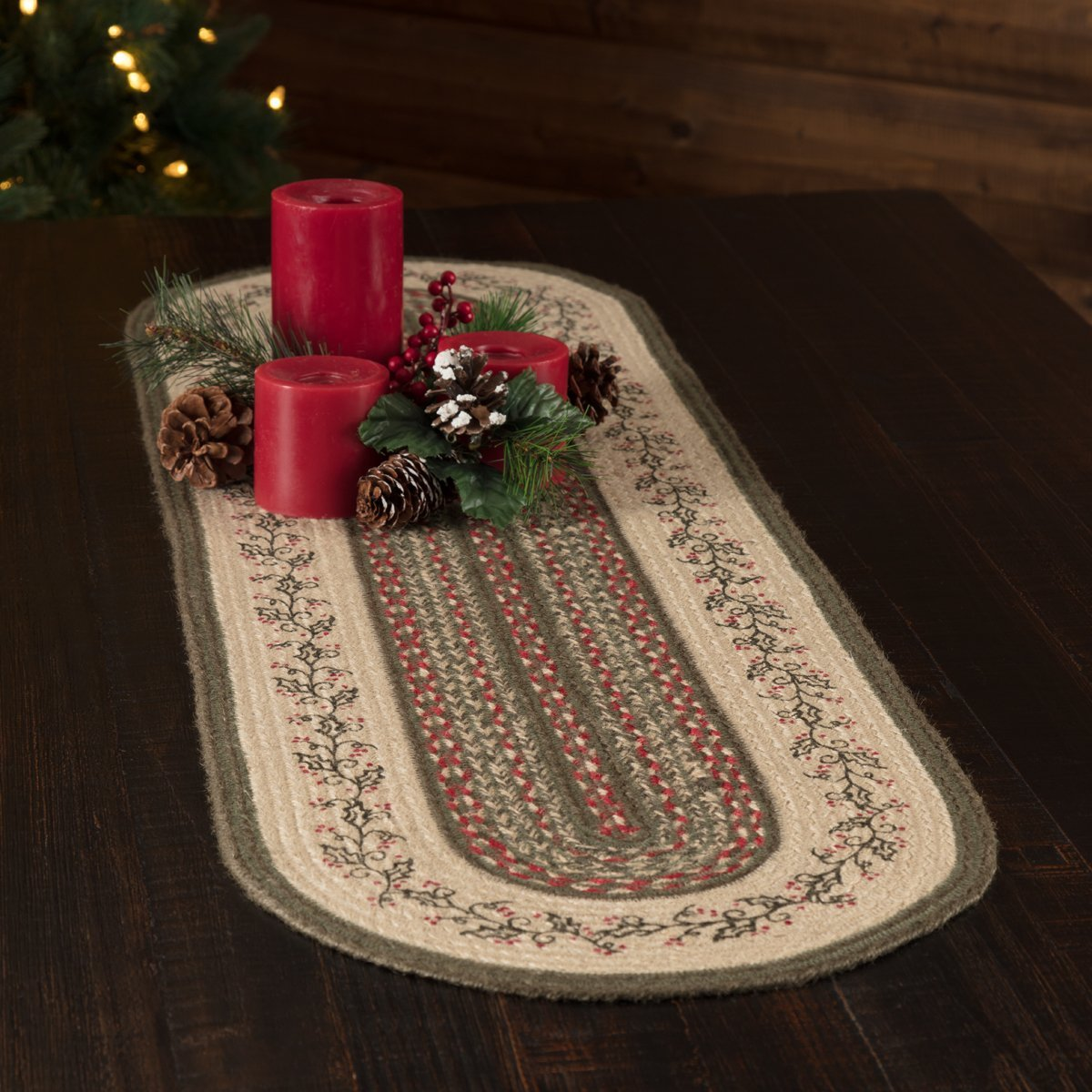 Holly Berry Jute Stencil Runner Oval