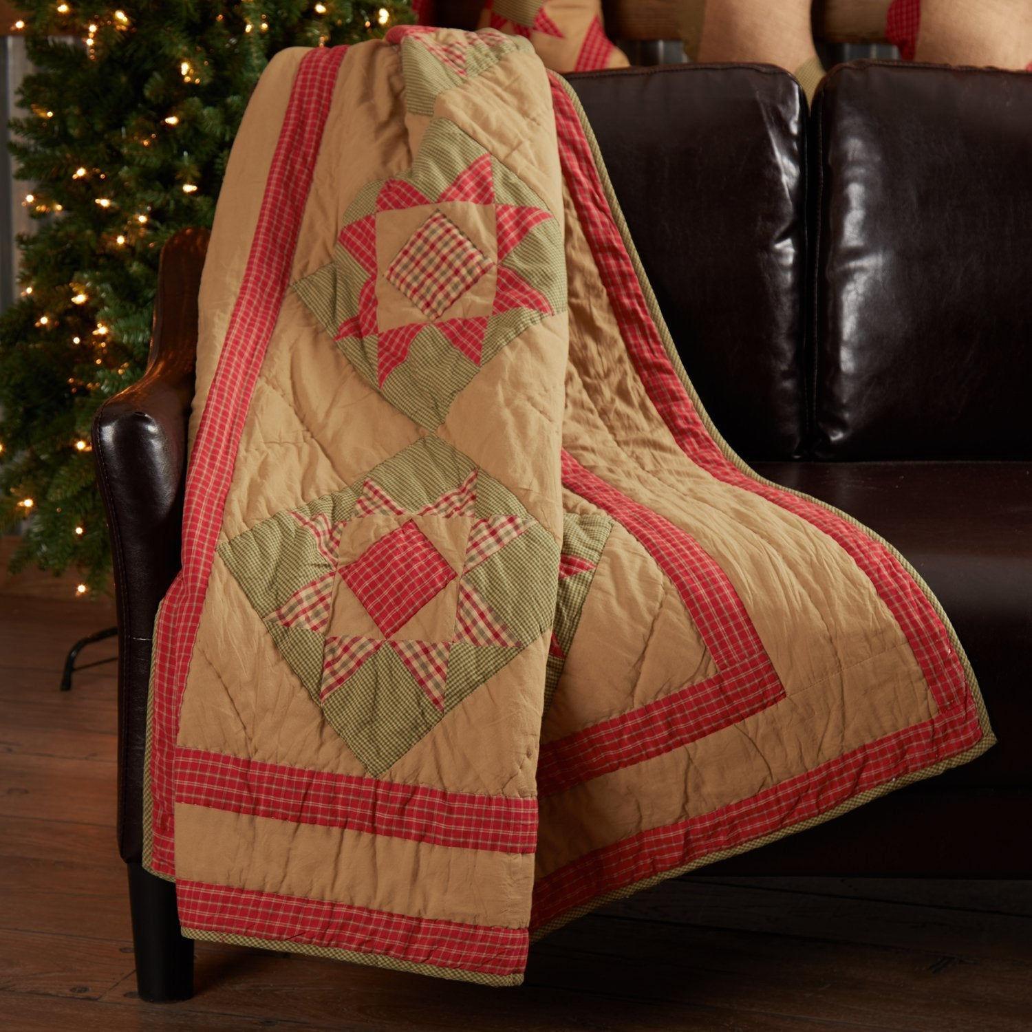 Dolly Star Quilted Throw