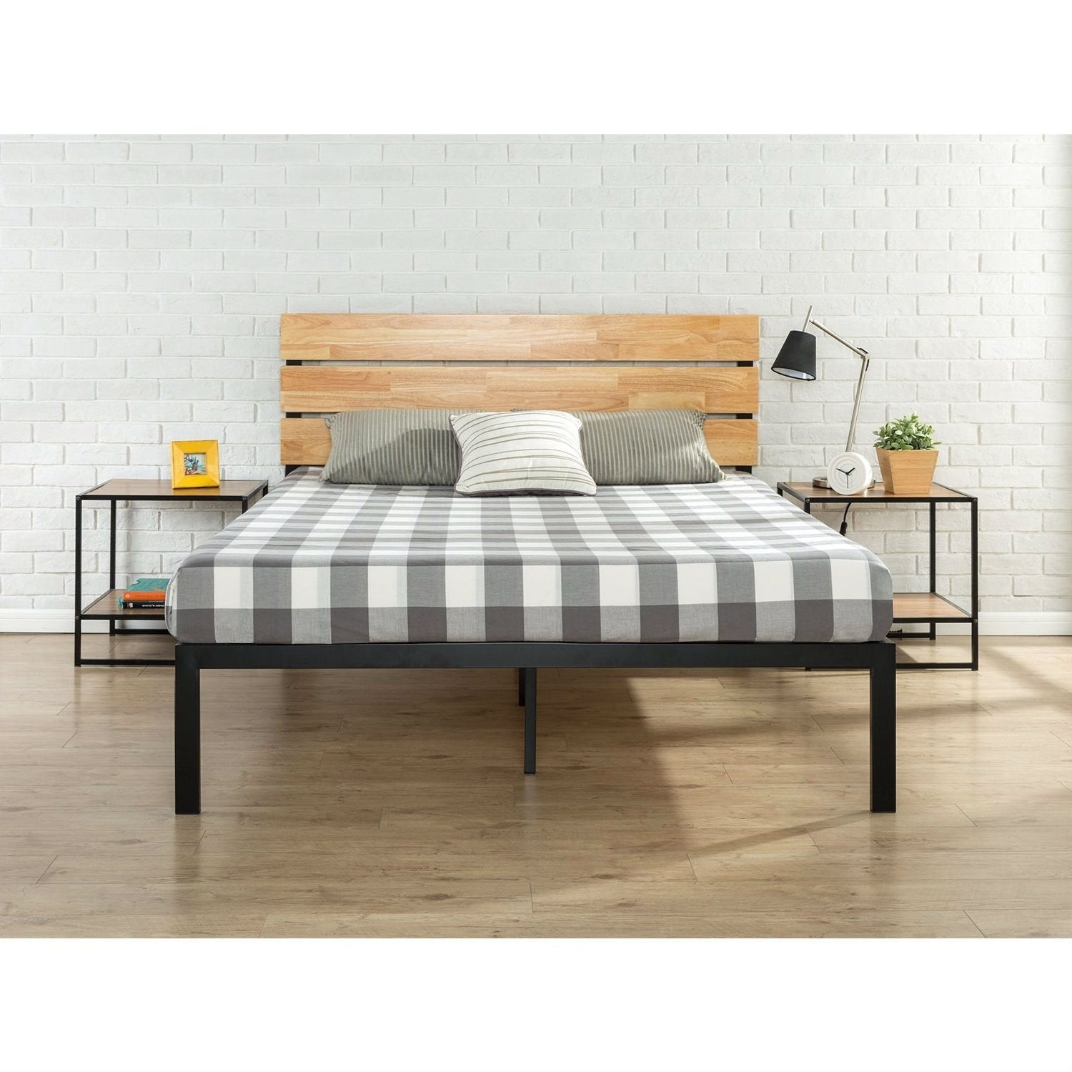 King size Modern Metal Platform Bed Frame with Wood Headboard and Slats.
