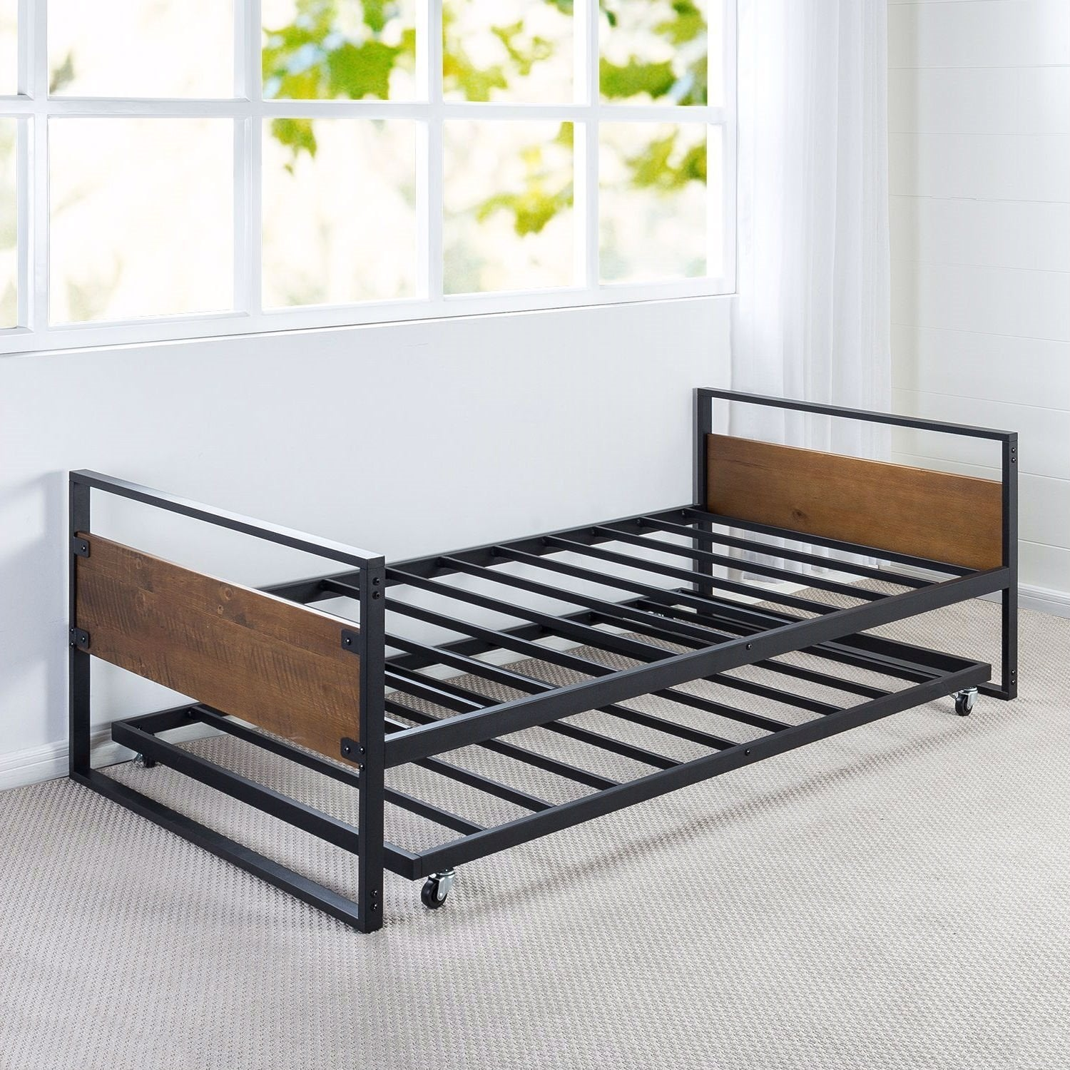 Twin size Metal Wood Daybed Frame with Roll Out Trundle Bed.