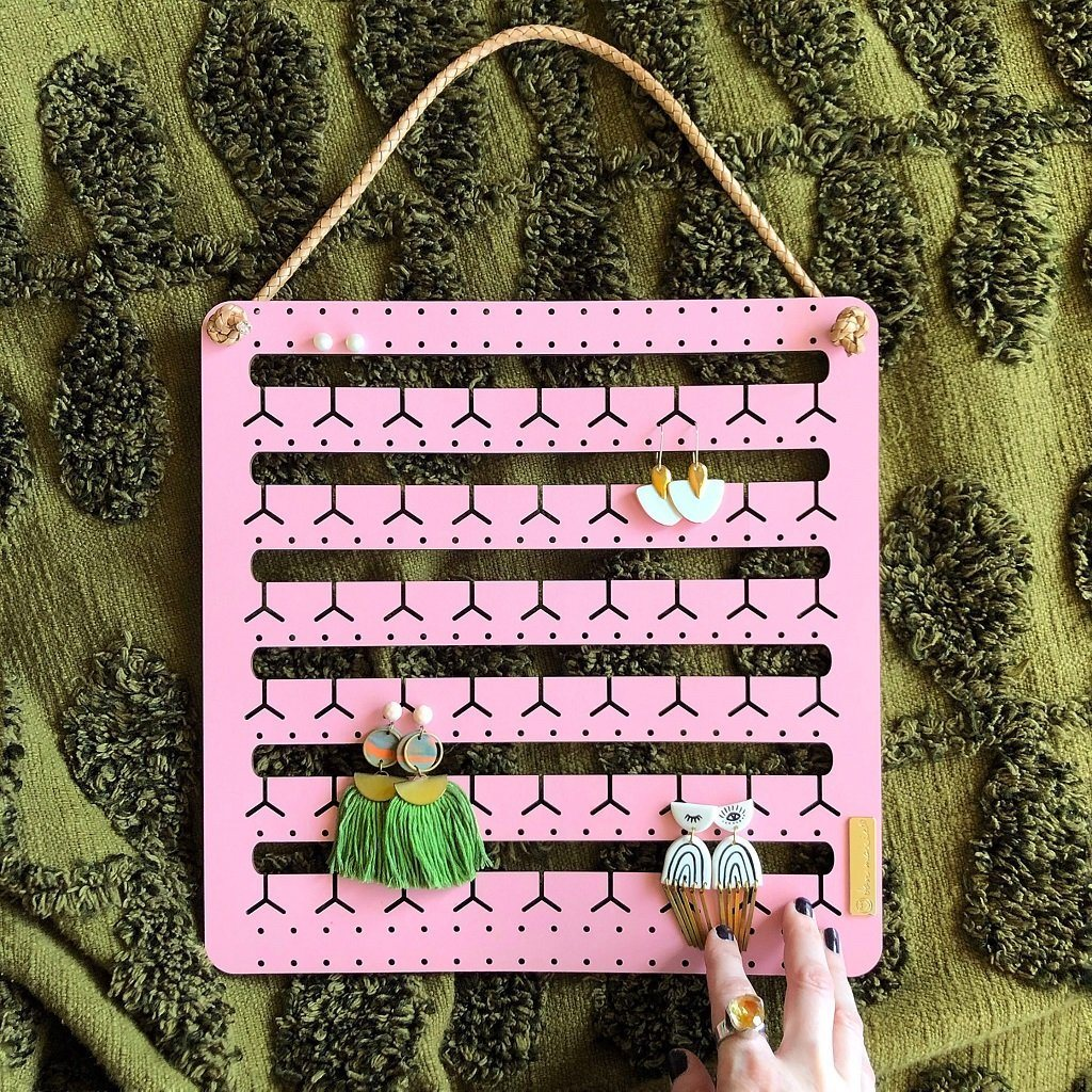 Hanging Bunny Nose Earring Holder (Blush)