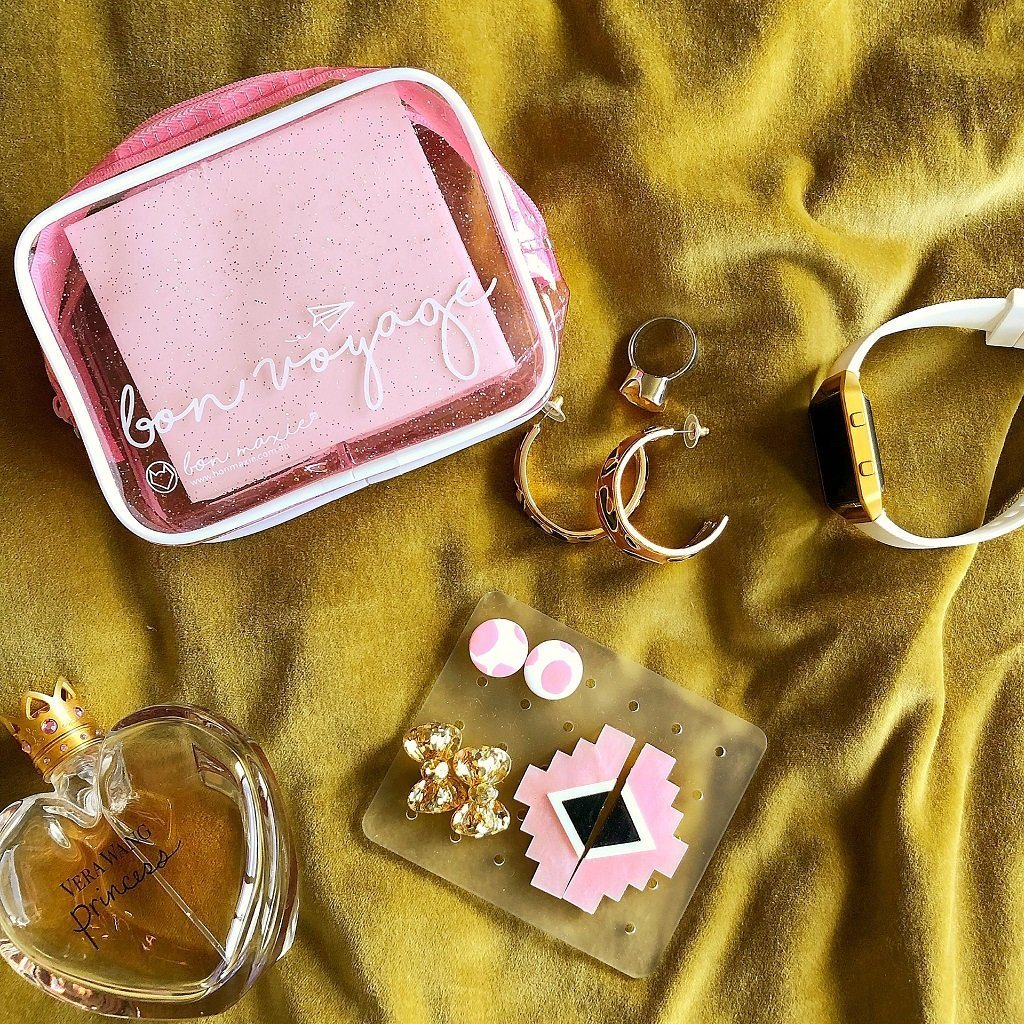 Bon Voyage Travel Mini Earring Holder (Pink Glitter)