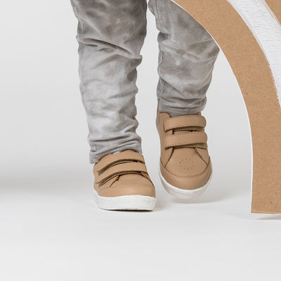 XO Trainer (Tan)