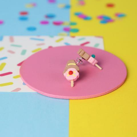 Bubble O Bill Stud Earrings