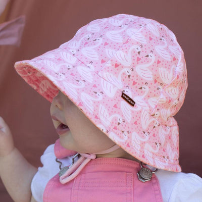 Toddler Bucket Hat (Swan)