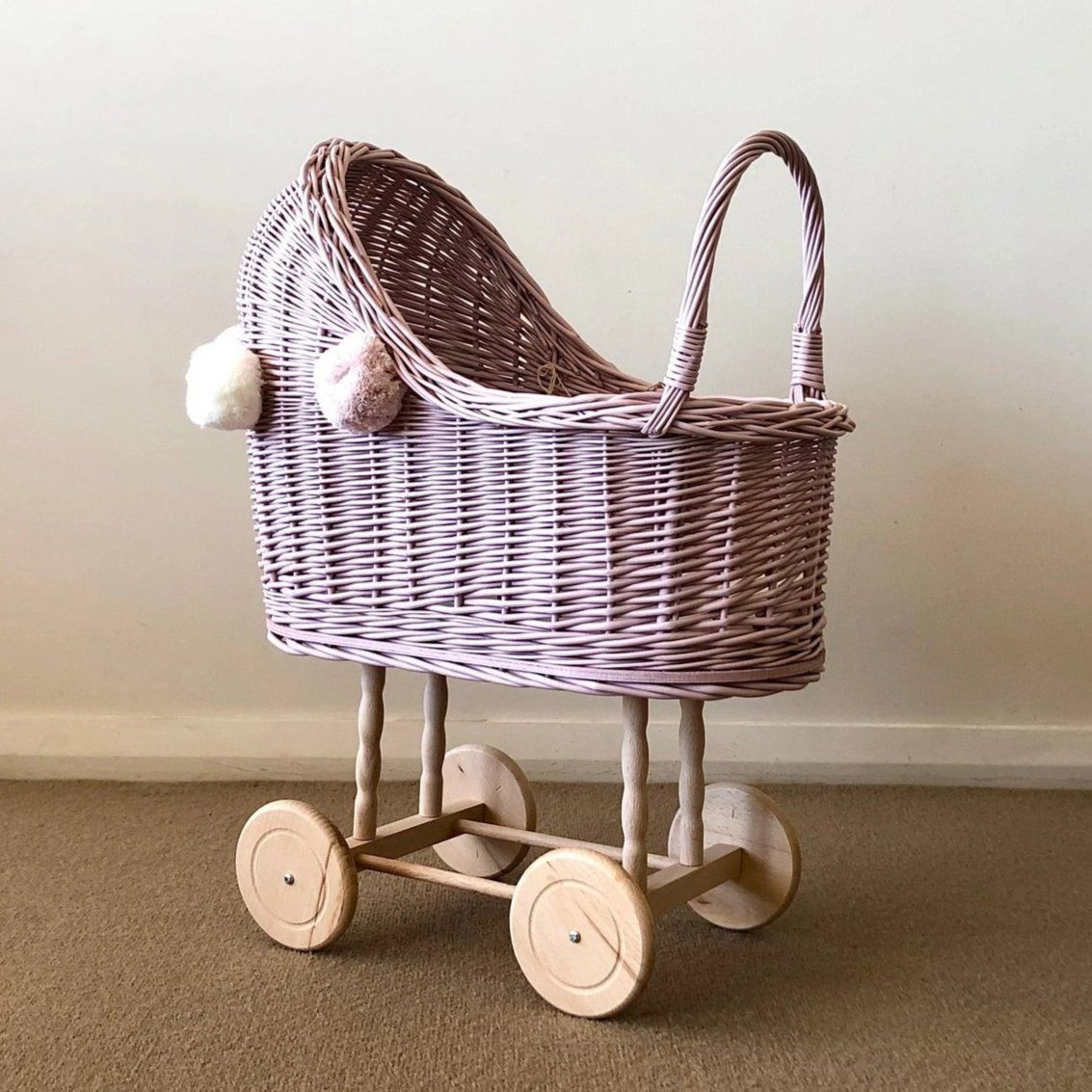 Wicker Pom Pom High Dolls Pram (Dusty Pink)