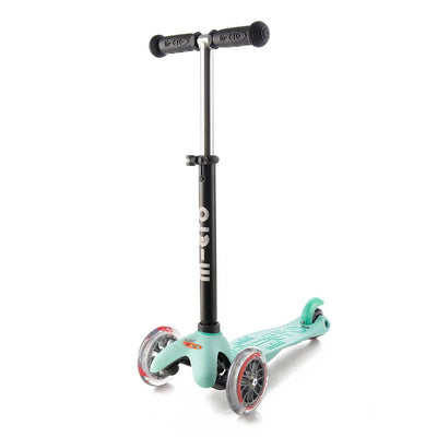 Mini2Go Deluxe Plus Scooter (Mint)