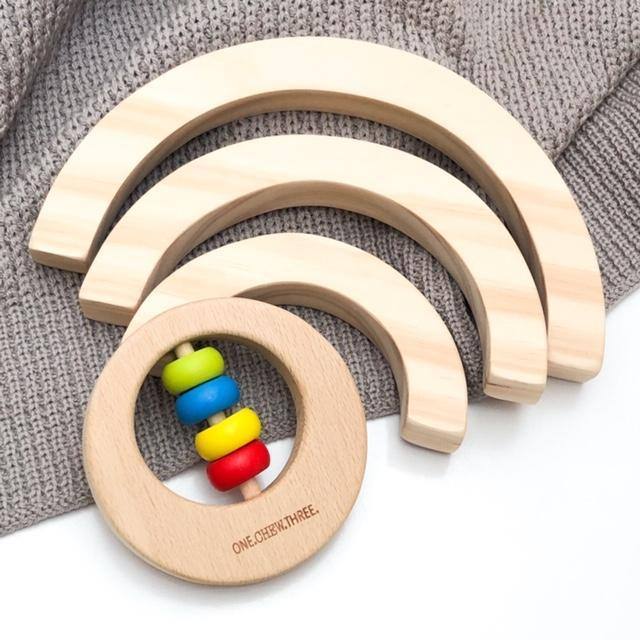 Beech Wood Teether Rattle (Rainbow)