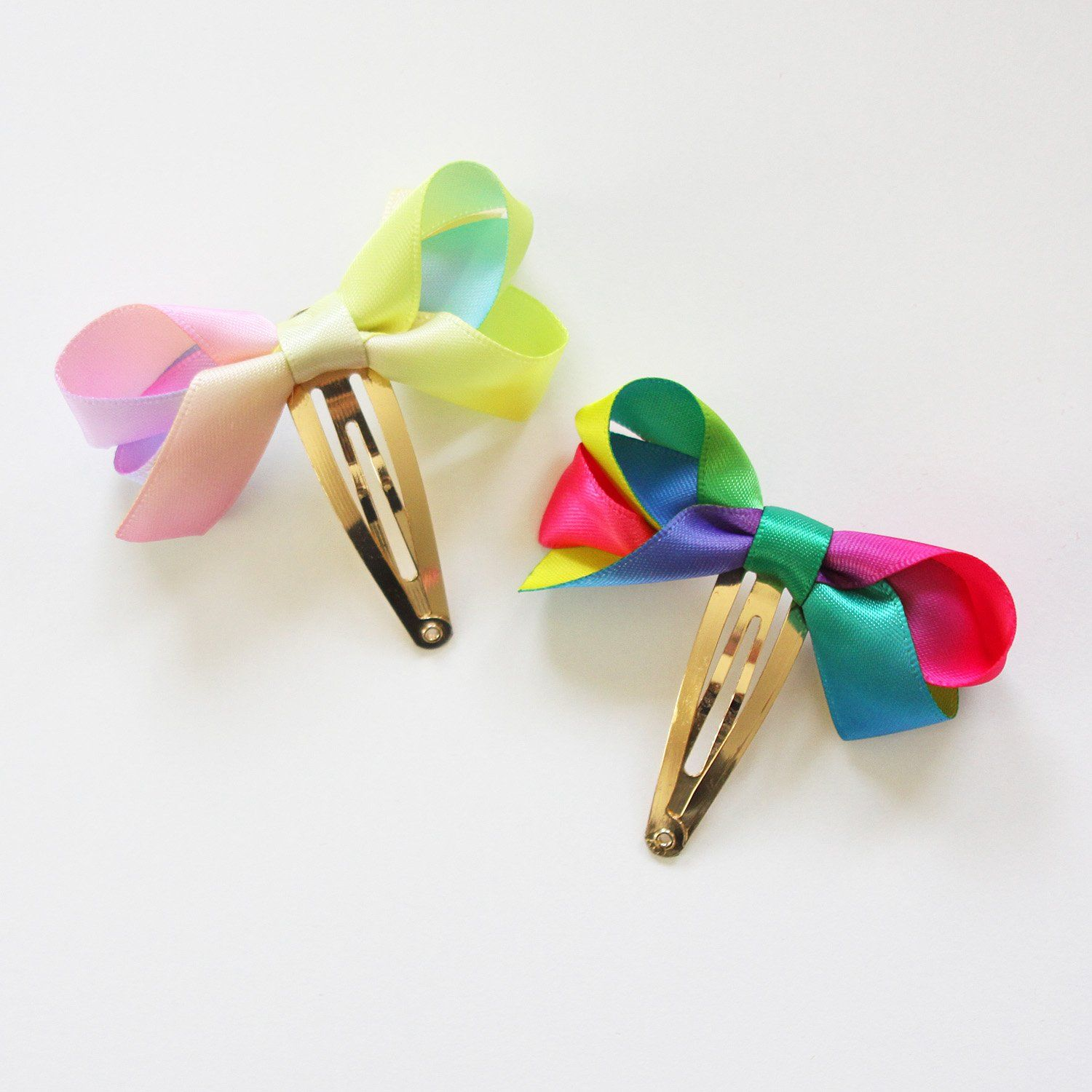 Rainbow Ribbon Snap Clip